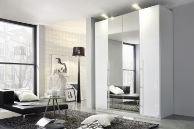 Rauch Bayamo Wardrobe with Polish Glass and Mirror