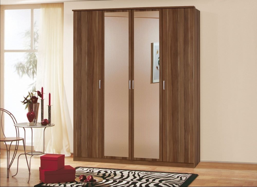 Rauch Beta Stirling Oak 4 Door 2 Drawer Combi Wardrobe with 2 Mirror and Cornice - W 181cm