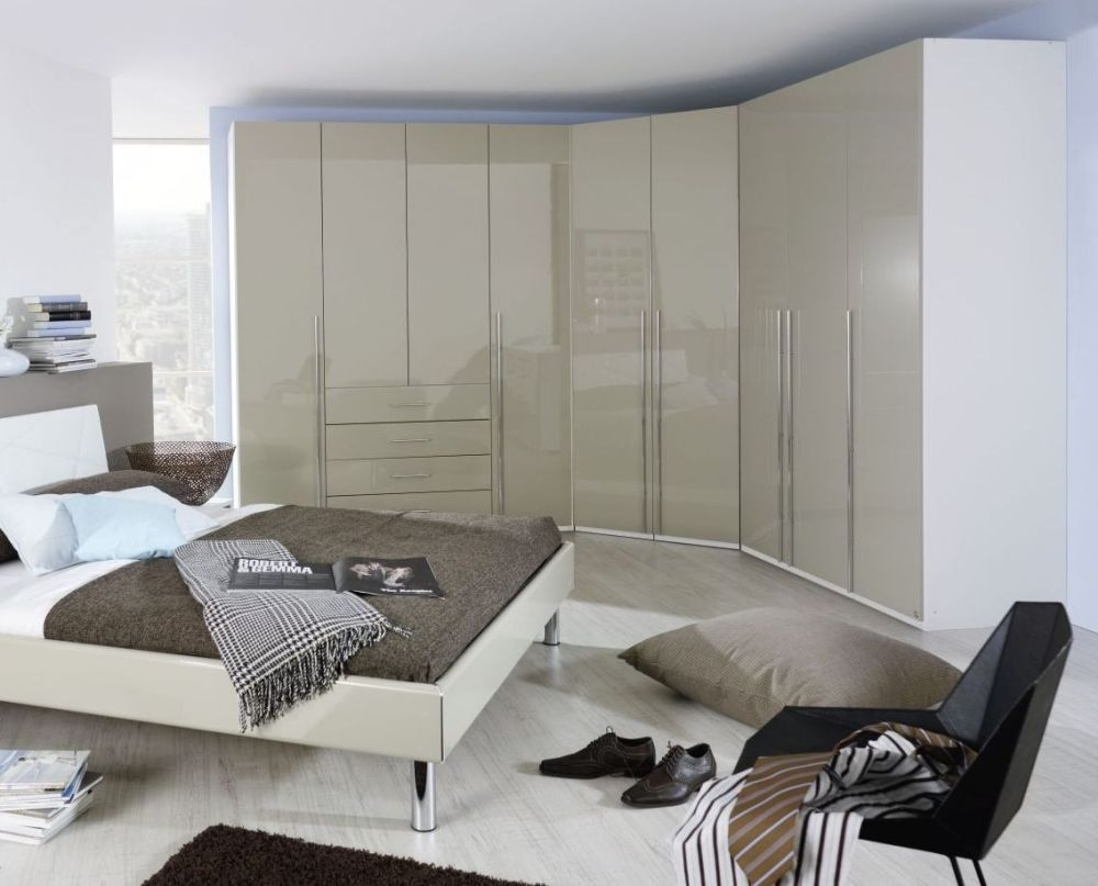 Rauch Elan C Folding Wardrobe with High Polish Front and Chrome Handle Bar - Panorama Appearance Starter Unit