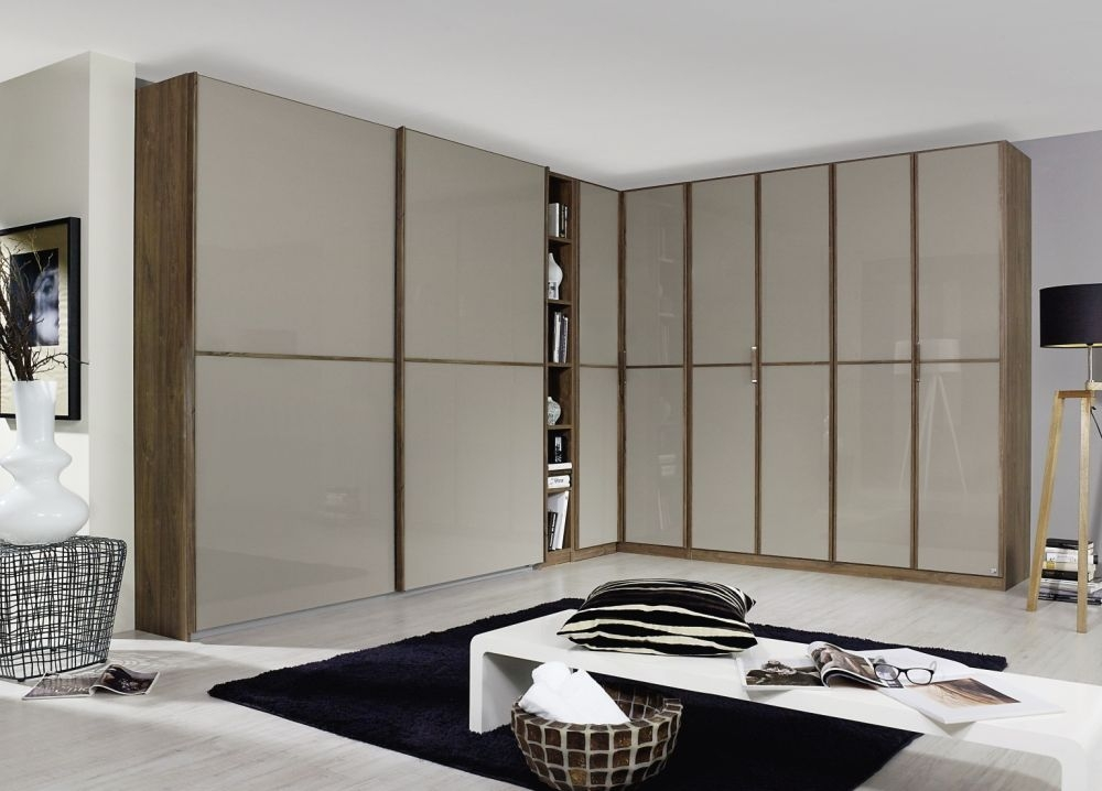 Rauch Essensa Stirling Oak with Fango Glass L Shaped Folding Wardrobe with Vertical and Horizontal Trims and Chrome Coloured Handle - W 540cm