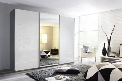 Rauch Kulmbach 3 Door Sliding Wardrobe in Grey Metallic and High Polish White with Aluminium Handle Strips - W 203cm