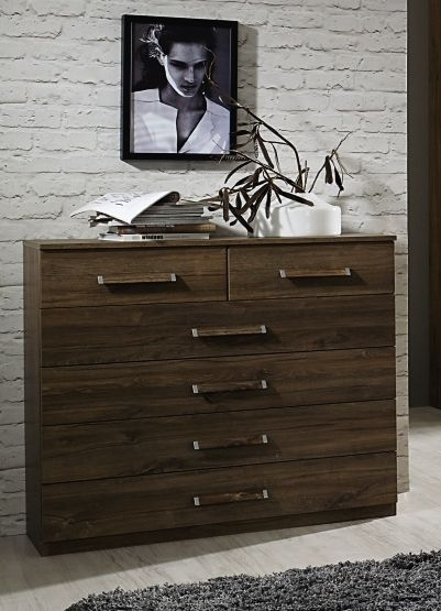 Rauch Leno Color 4+2 Drawer Chest in Stirling Oak