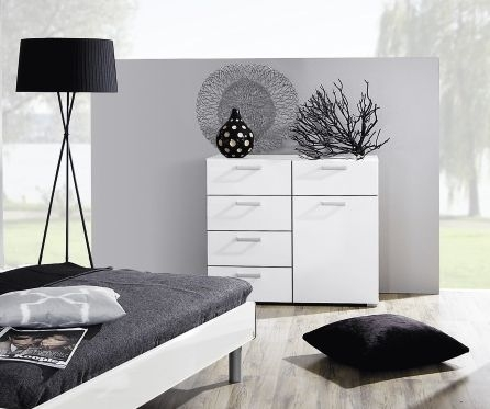 Rauch Mavi Base 6 Drawer Chest in Alpine White