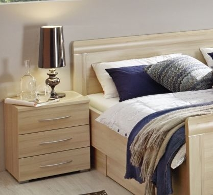 Rauch Molmo 3 Drawer Bedside Cabinet in Natural Beech
