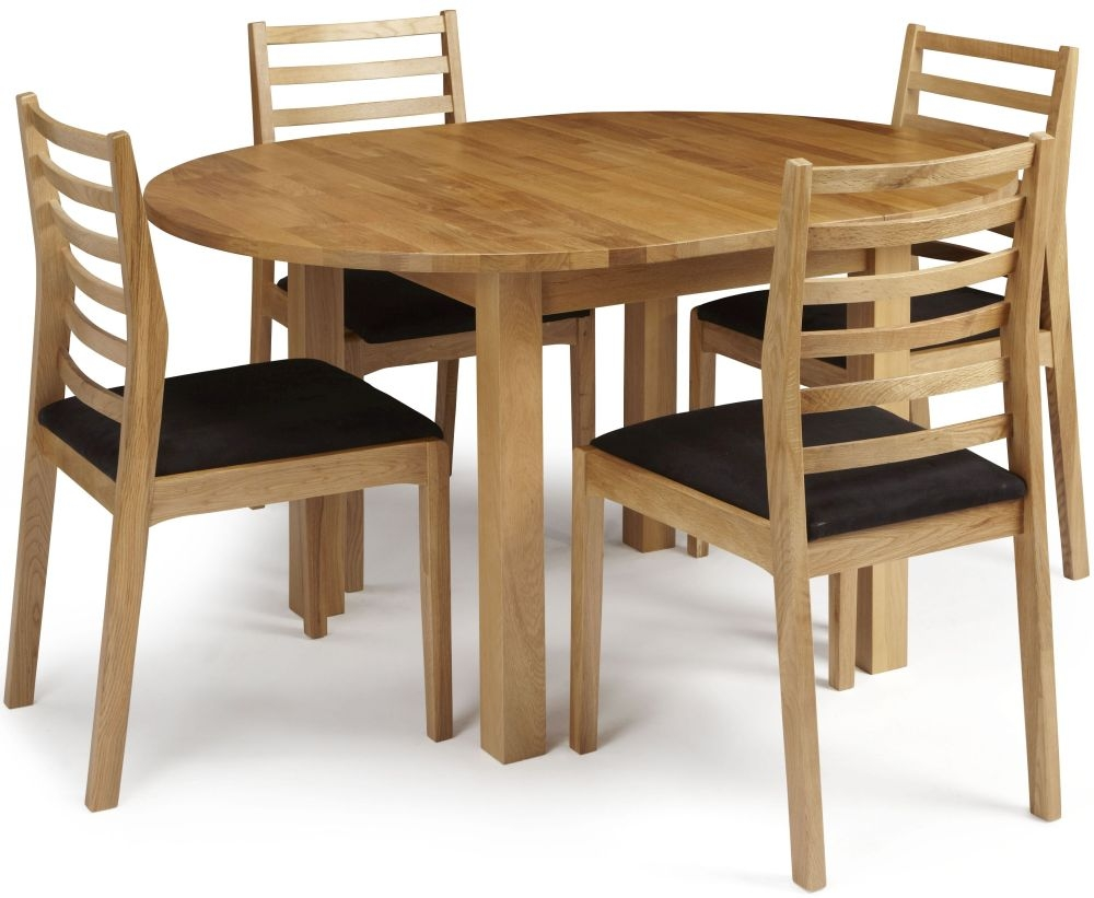 Serene Sutton Oak Dining Set - Round Extending with 4 Lewisham Chairs