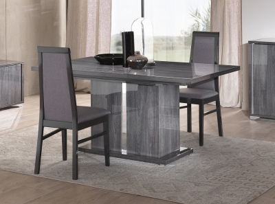 Augusta Oak Italian Extending Dining Table and 4 Chair