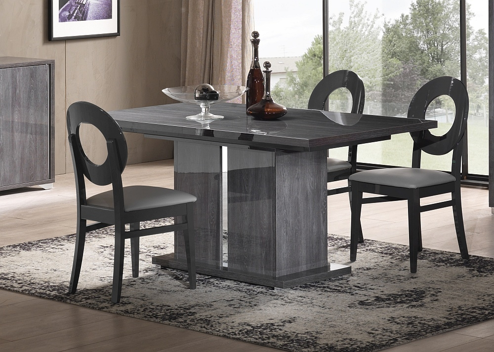 Augusta Oak Italian Extending Dining Table and 4 Oval Chair