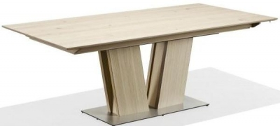 Skovby SM39 6 to 14 Seater Extending Dining Table
