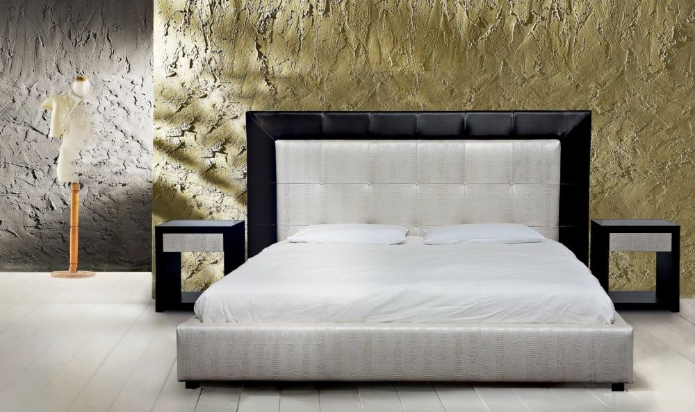 Stone International Excelsior Leather Bed