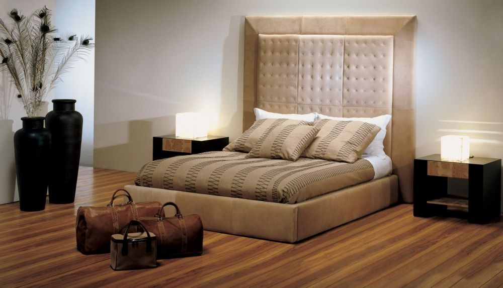 Stone International Suite Leather Bed
