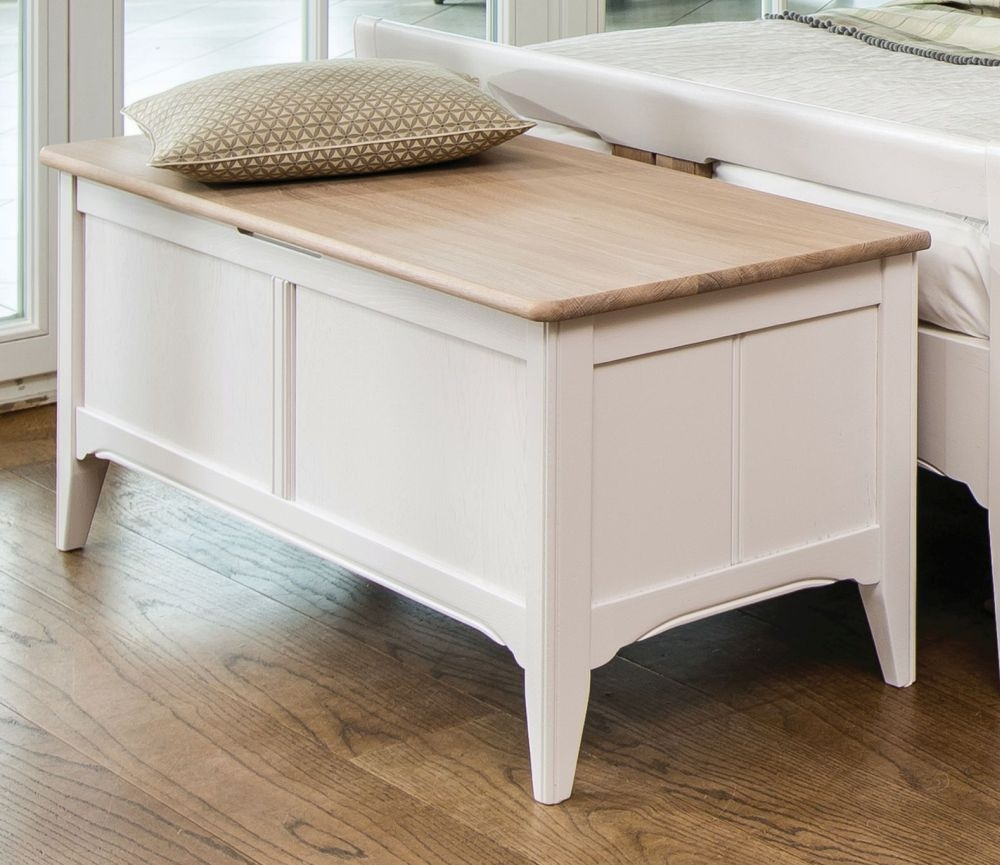 TCH New England Oak Blanket Box