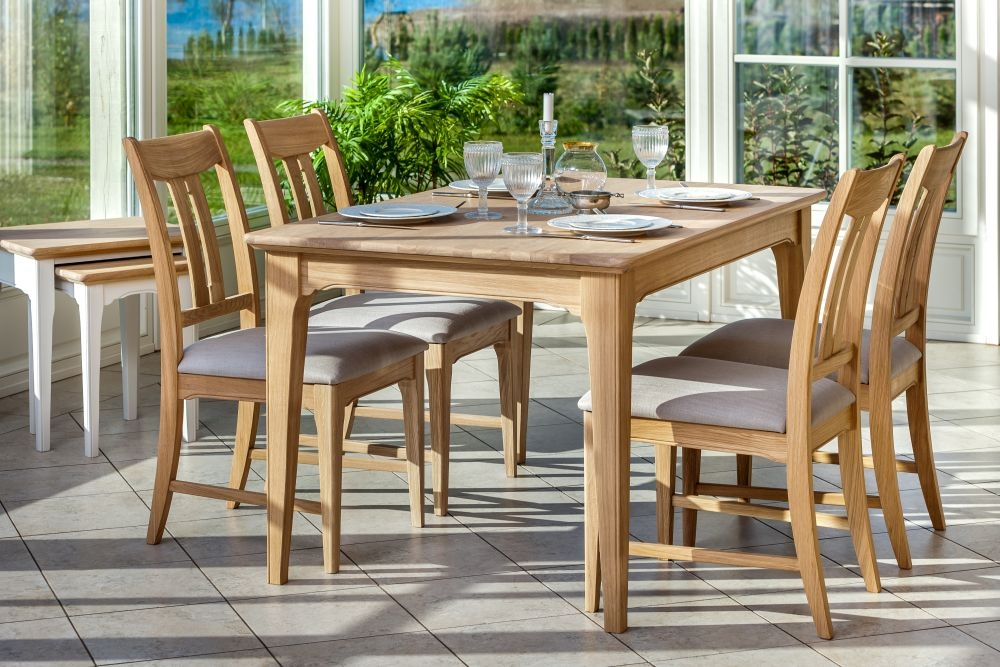 TCH New England Oak Dining Table