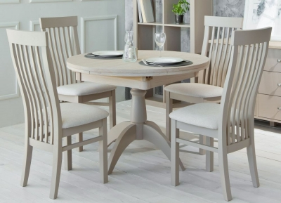 TCH Windsor Oak Single Pedestal Extending Dining Table