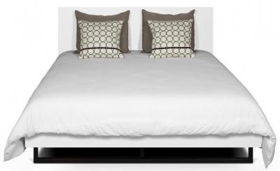 Temahome Mara White Rectangular Headboard Bed with Metal Legs