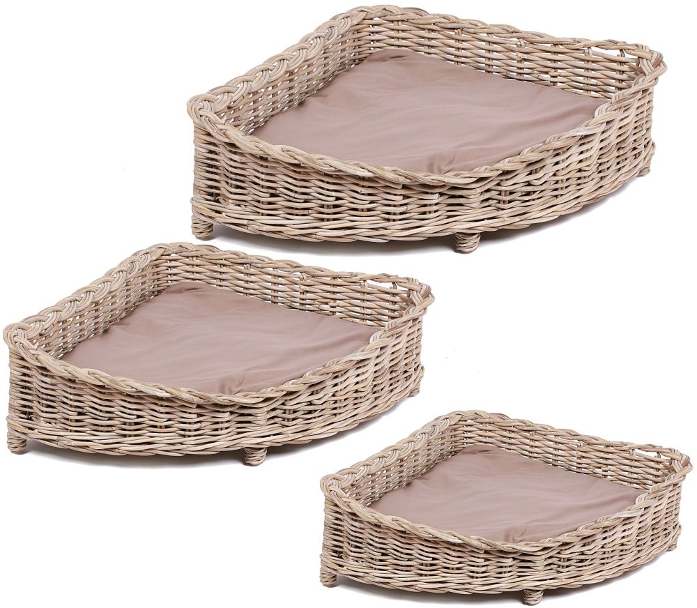 The Wicker Merchant Corner Dog Baskets with Cushions (Set of 3)