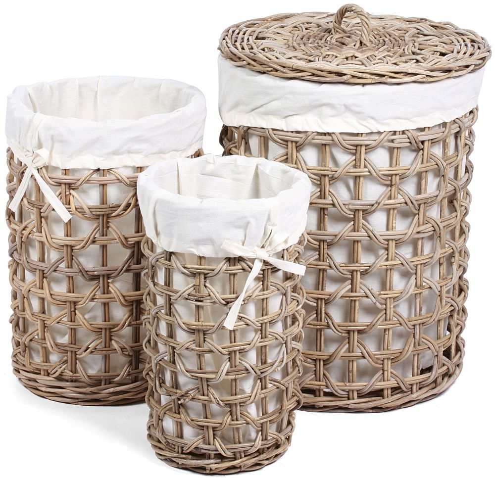 The Wicker Merchant Round Baskets with Weaving and Lining Large Lined and with Lid (Set of 3)