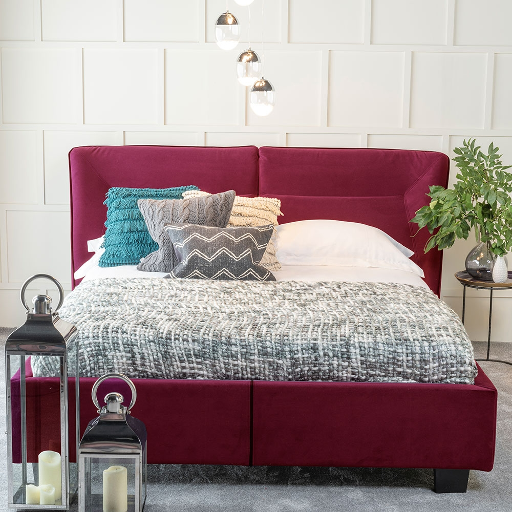 Urban Deco Simba Red Velvet 4ft 6in Double Bed