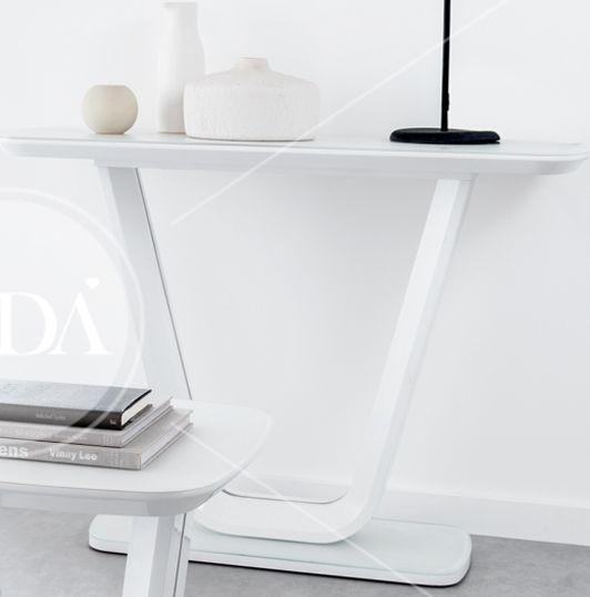 Vida Living Lazzaro Console Table