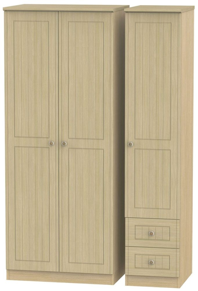 Warwick Light Oak Triple Wardrobe - Plain with 2 Drawer
