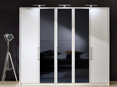 Wiemann Berlin 5 Door Wardrobe in White and Black Glass - W 250cm