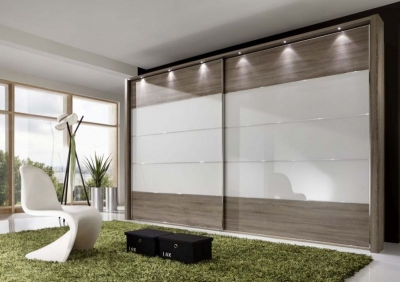 Wiemann Hollywood 4 Oak Sliding Wardrobe with Line 2-3 and 4 in White Glass - W 200cm-400cm