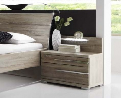 Wiemann Hollywood4 2 Drawer Bedside Cabinet in Dark Rustic Oak - (Right Handle)