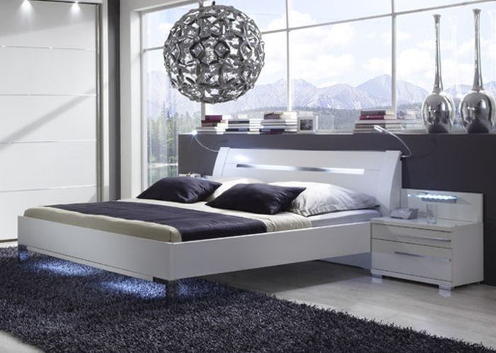 Wiemann Hollywood4 Sanitised Glass Inlay 6ft Queen Size Bed in White with Chrome Angled Feet - 180cm x 200cm