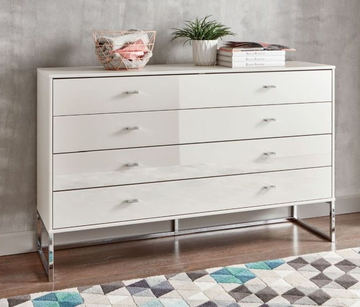 Wiemann Kansas 5 Drawer Chest in Champagne Glass - H 86cm