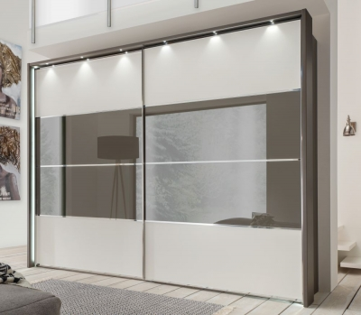 Wiemann Limara Sliding Wardrobe with Lines 2 and 3 in Highlight Color