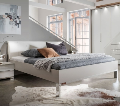Wiemann Loft 6ft Queen Size Leather Cushion 48cm Footboard Height Bed in Dark Rustic Oak and White - 180cm x 200cm