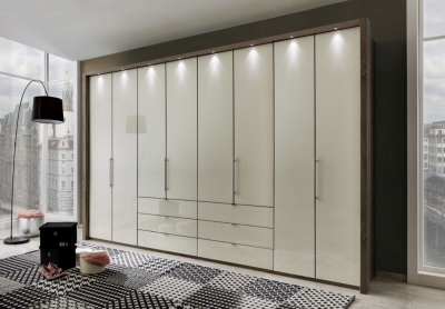 Wiemann Loft 8 Door Bi-Fold Panorama Wardrobe in Dark Rustic Oak and Magnolia - W 400cm
