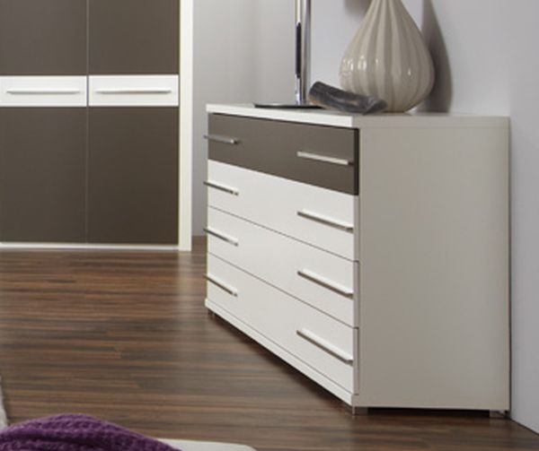 Wiemann Pasadena 4 Drawer Wide Chest in White and Havana