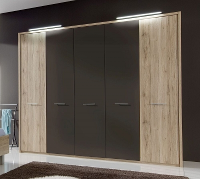 Wiemann Portland 5 Door Wardrobe in Oak and Havana - W 250cm