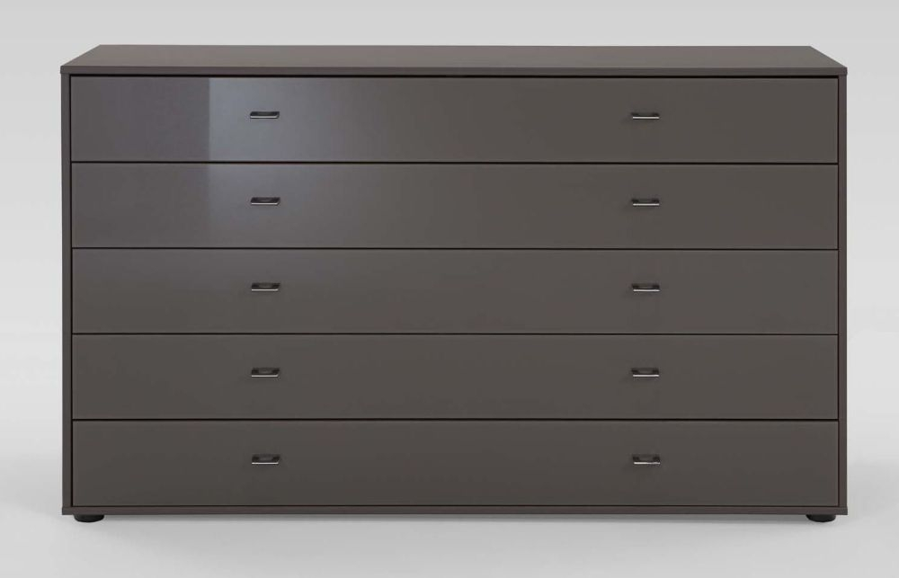 Wiemann Tokio 5 Drawer Chest in Havana with Chrome Handle