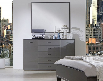Wiemann VIP Eastside 2 Door Dresser in Havana