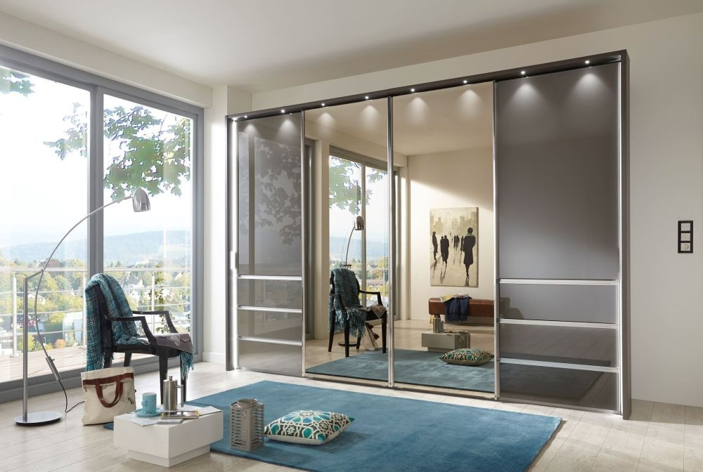 Wiemann VIP Malibu Sliding Wardrobe with Havana Glass Front