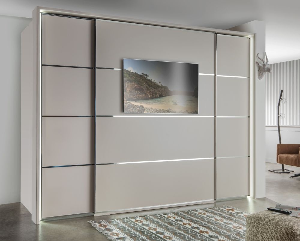 Wiemann VIP Multiplus2 Walk-in Sliding Wardrobe with 4 Panels