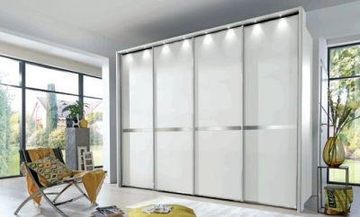 Wiemann VIP New York 4 Door Chrome Cross Trim Sliding Walk in Wardrobe in White - W 330cm