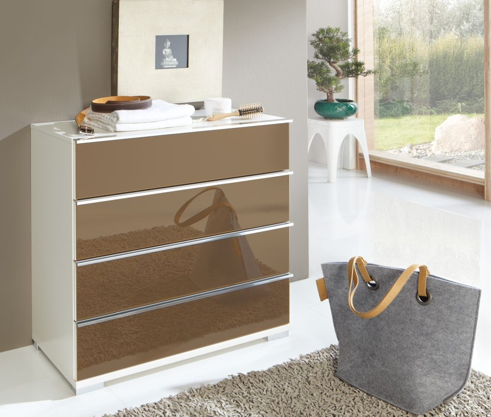 Wiemann VIP Shanghai 4 Drawer Chest in White and Sahara Glass