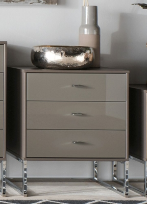 Wiemann Vigo 3 Drawer Glass Bedside Cabinet in Havana - W 60cm