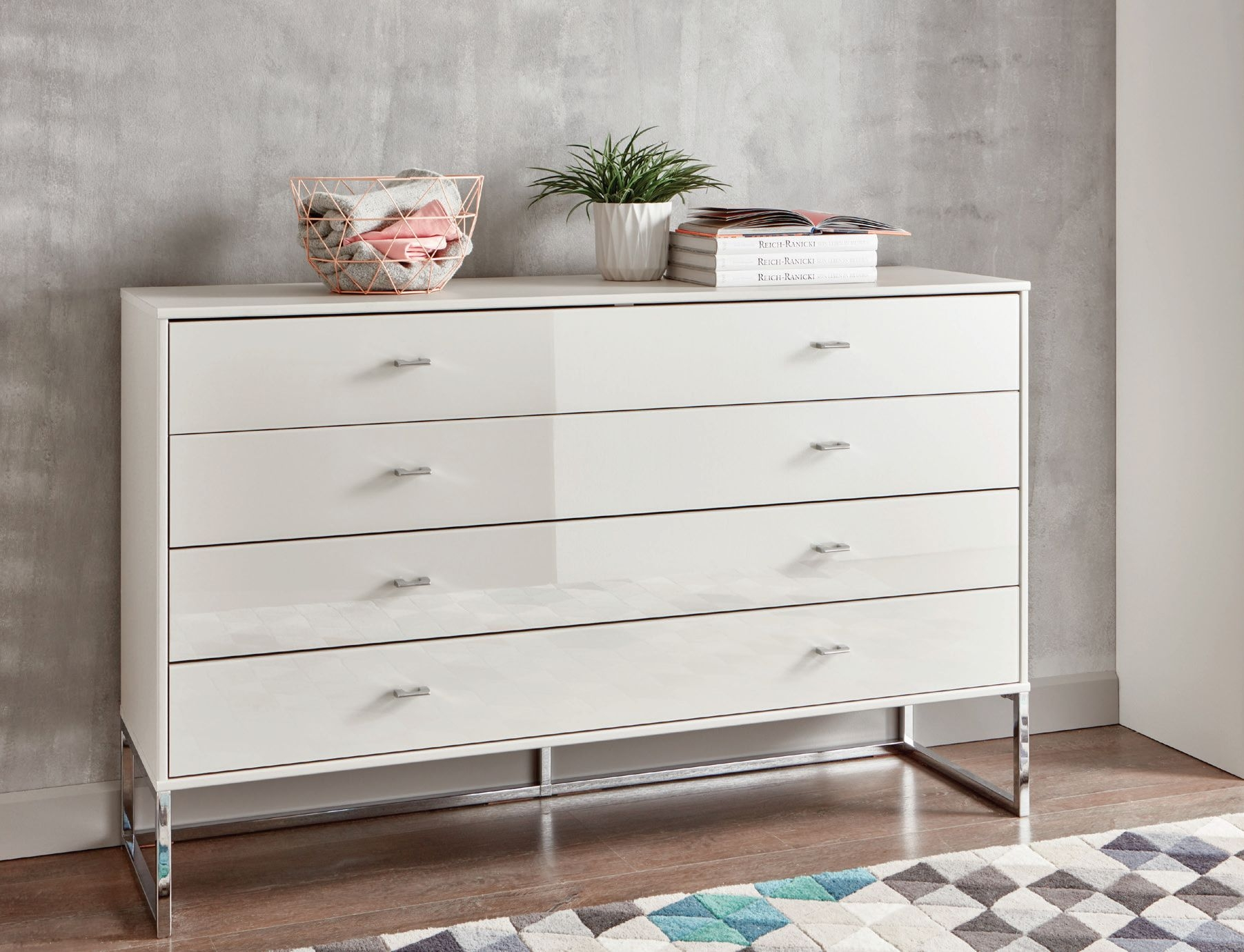 Wiemann Vigo 2 Door 4 Drawer Combi Chest in Champagne