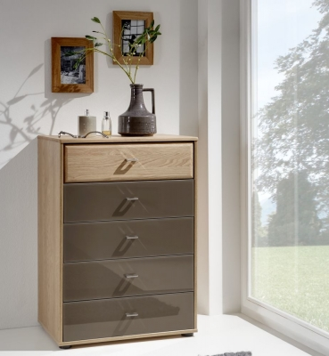 Wiemann Wega 3 Drawer Glass Bedside Cabinet in Oak and Havana