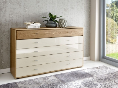 Wiemann Wega 5 Drawer Glass Large Chest in Oak and Champagne