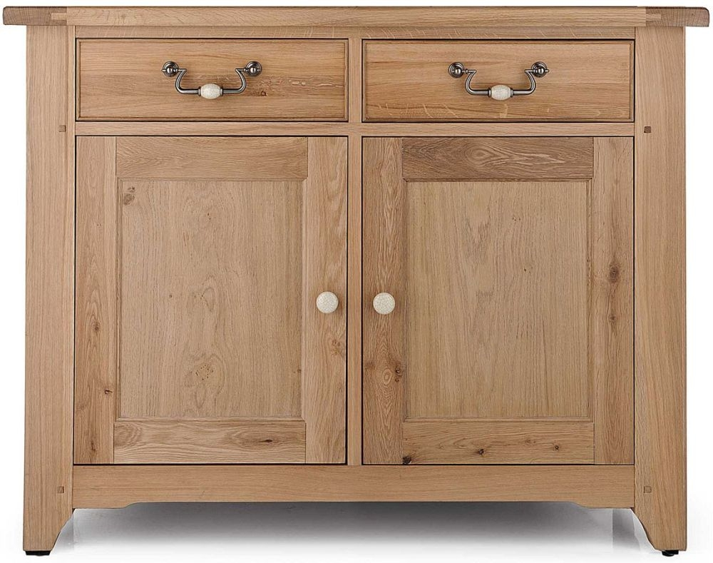 Willis and Gambier Gloucester Oak 2 Door Sideboard