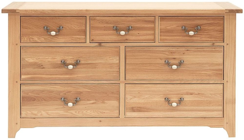 Willis and Gambier Gloucester EOL Oak 7 Chest of Drawer