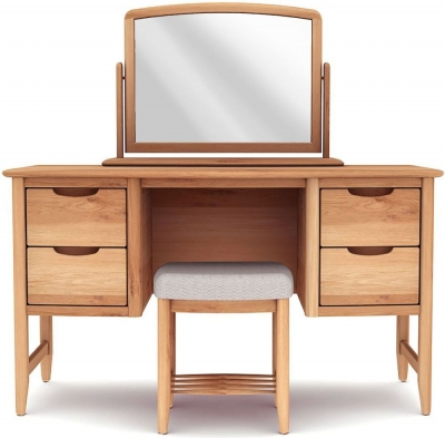 Willis and Gambier Grace Oak Dressing Set