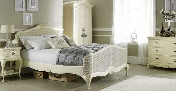 Willis and Gambier Ivory Bedroom