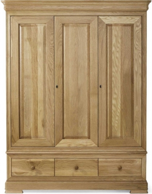 Willis and Gambier Lyon Oak Triple Wardrobe