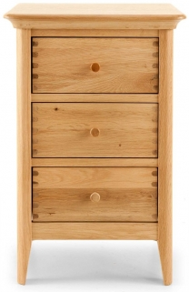 Willis and Gambier Spirit Oak 3 Drawer Bedside Cabinet