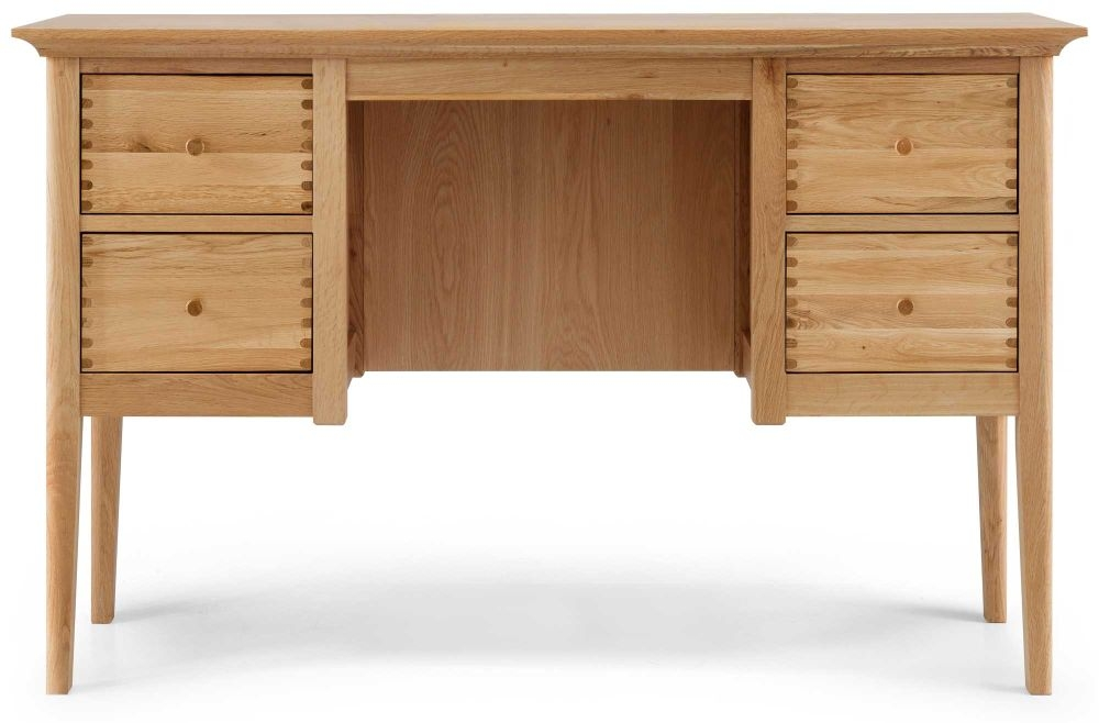 Willis and Gambier Spirit Oak Dressing Table